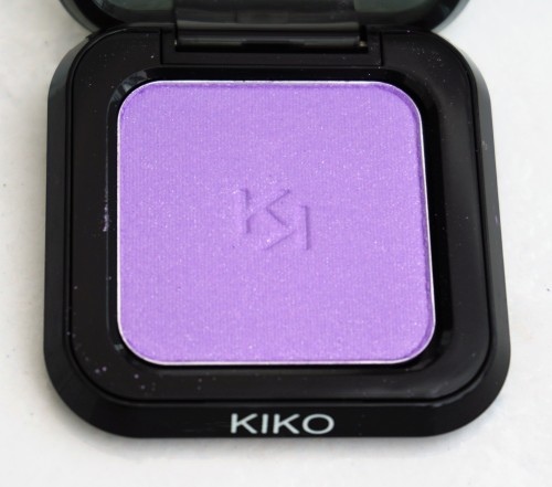 Kiko High Pigment Wet and Dry Eyeshadow in 24 Pearly Violet (pic of full compact)